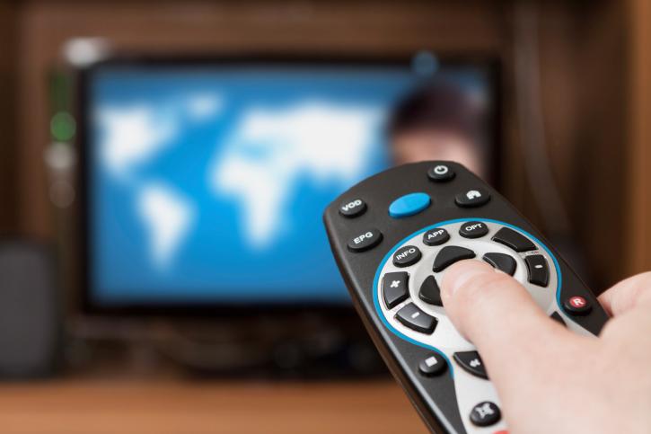 kak-pochistit-pult-ot-televizora