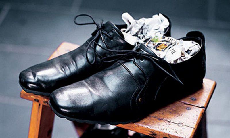 Как правильно сушить обувь?
